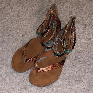Super cute beaded zip up sandals!